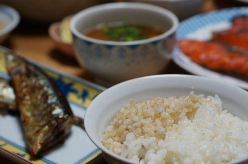 2色ご飯(玄米と白米)