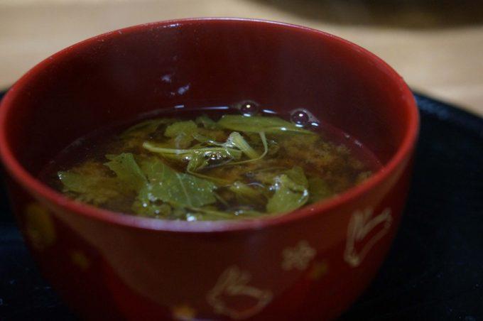間引き菜(大根・カブ)のお味噌汁